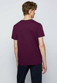 BOSS - TIBURT  - Basic T-shirt - purple - 2