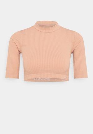 CROPPED  - Jednoduché triko - light pink