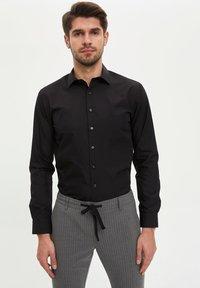 DeFacto - Formal shirt - black - 0