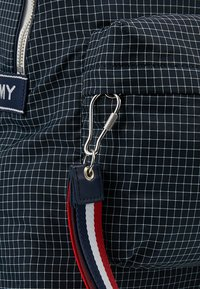 Tommy Jeans - LOGO TAPE RIPSTOP BACKPACK - Plecak - blue - 5