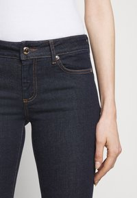 Sportmax - PULVINO - Jeans Skinny Fit - nachtblau - 5