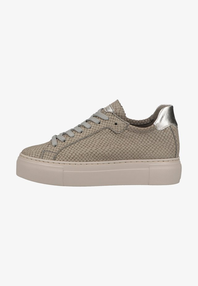 Trainers - light grey snake