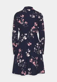 Vero Moda Petite - VMANNIE DRESS - Skjortekjole - night sky/hallie - 1