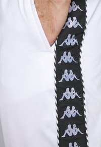 Kappa - INGVALDO - Pantalon de survêtement - bright white - 5