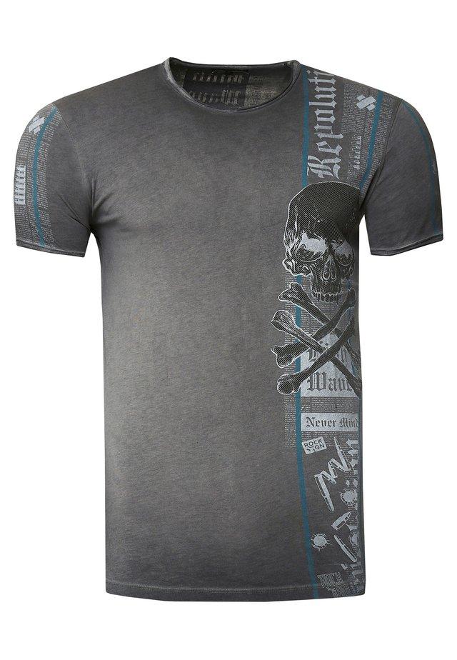IM VERWASCHENEN LOOK - Print T-shirt - anthrazit
