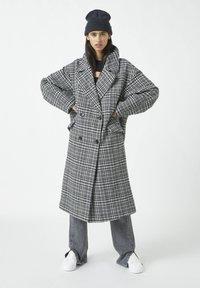 PULL&BEAR - Classic coat - dark grey - 0