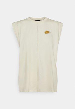 TANK EARTH DAY - Camiseta estampada - coconut milk