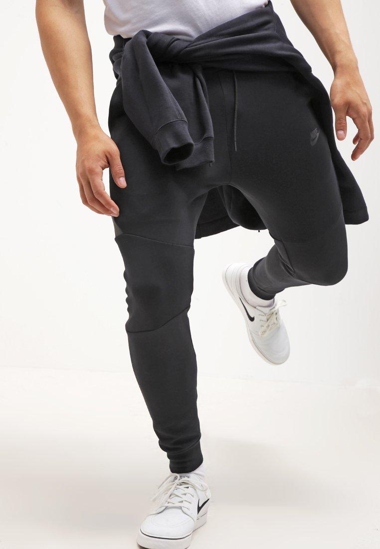 Nike Sportswear Tech Tracksuit Bottoms Black Zalando Co Uk