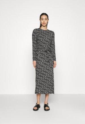 VMNAVA DRESS - Day dress - black/ohanna birch