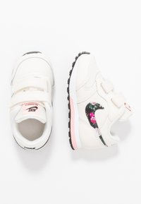 Nike Sportswear - RUNNER 2  - Trainers - pale ivory/black/pink tint/white - 0