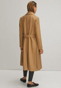 Massimo Dutti - Płaszcz wełniany /Płaszcz klasyczny - beige - 2