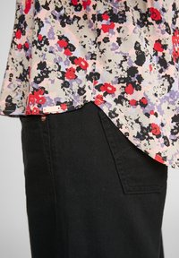 QS by s.Oliver - Blouse - apricot aop - 4