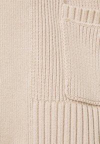 Abercrombie & Fitch - IN SLIDE SLIT CARDI - Cardigan - doeskin - 2