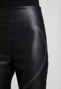 Missguided - CONTRAST STITCH TROUSERS - Stoffhose - black - 5