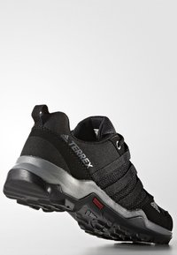 adidas Performance - TERREX AX2R - Zapatillas de senderismo - core black/vista grey - 3