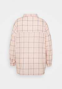 Missguided Plus - CHECK  - Button-down blouse - pink - 1