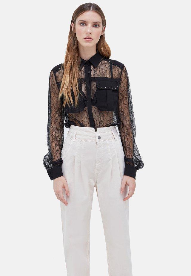 CON MICRO BORCHIE - Button-down blouse - nero