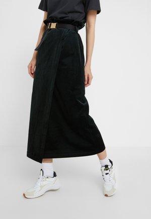 BUCKLE SKIRT - Pencil skirt - green corduroy