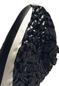 Nike Golf - REACT INFINITY PRO - Golfové boty - black/sail/flash crimson - 6