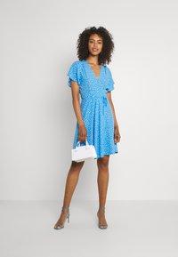 Rolla's - FLEUR LITTLE DAISY WRAP DRESS - Day dress - blue - 1