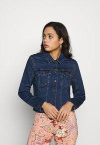 Vero Moda - VMSONYA JACKET - Džínová bunda - medium blue denim - 0