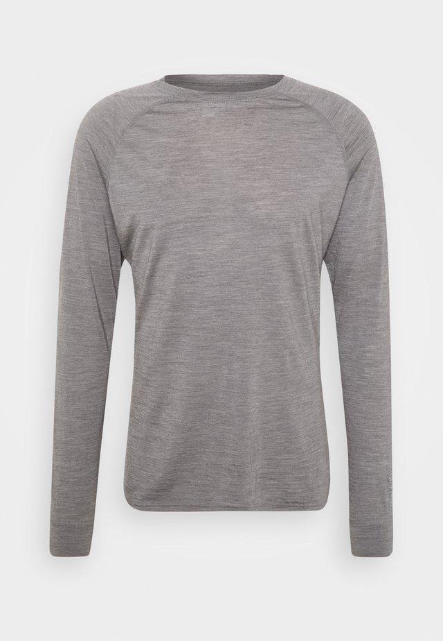 ACTIVIST CREW - Maglietta a manica lunga - soft grey