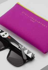 Stella McCartney - SUNGLASS KID - Sunglasses - black - 3