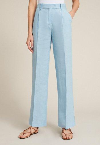 AMOUR - Trousers - celeste