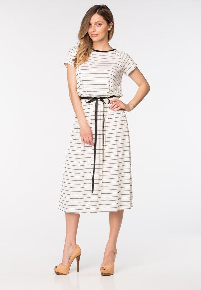 SUSIE - Vapaa-ajan mekko - white strip