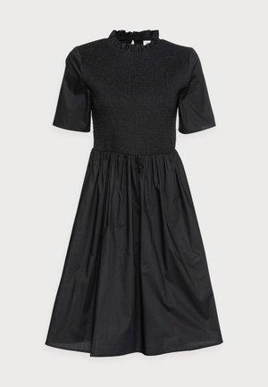 GABRIELLA SMOCK DRESS - Vapaa-ajan mekko - black