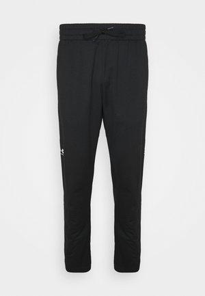 FASHION TRACK PANT - Tracksuit bottoms - black