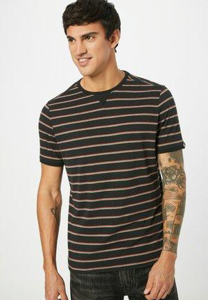 T-shirt print - pastellgrun