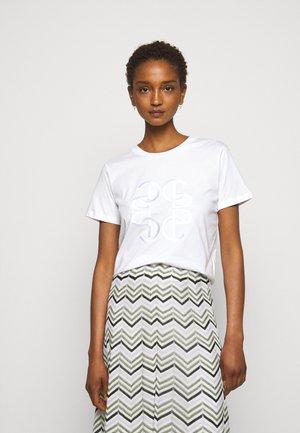 TICIA - T-shirts med print - ecru