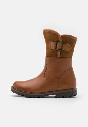 DINA WINTER MEDIUM FIT - Winter boots - cognac