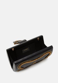 Pinko - LOVE PARTY SNAKE VINTAGE - Clutch - black - 3