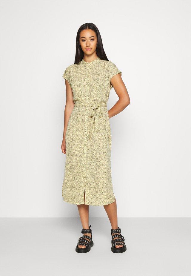 KOLBAN - Košilové šaty - sunshine