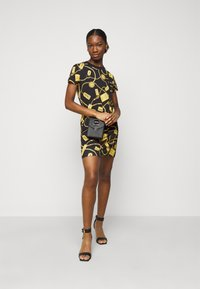 Versace Jeans Couture - DRESS - Vestito di maglina - black - 1
