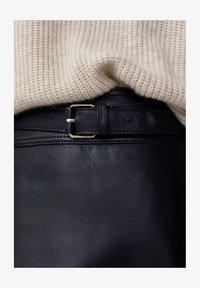 Massimo Dutti - A-line skirt - black - 6