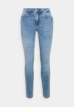 DIVINE - Jeans Skinny Fit - blu sandblast
