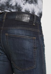Diesel - D-AMNY-Y - Jeans slim fit - dark blue - 5