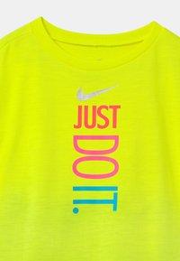 Nike Sportswear - SET - Triko spotiskem - carbon heather - 3