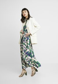 IVY & OAK - SHIRT DRESS MIDI - Maxi dress - green flower - 2