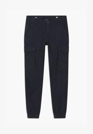 JJIPAUL JJFLAKE - Cargo trousers - navy blazer