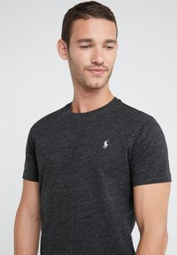 Polo Ralph Lauren - T-shirt basic - black marl heather - 4