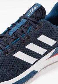 adidas Performance - QUESTAR TND - Juoksukenkä/neutraalit - legend ink/footwear white/legend marine - 5