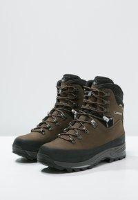 Lowa - TIBET GTX WXL - Mountain shoes - sepia/schwarz - 2