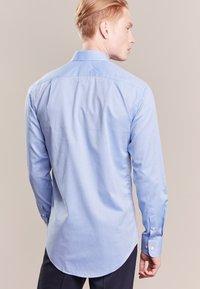 Tiger of Sweden - FARRELL SLIM - Camicia elegante - light blue - 2