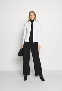 Guess - VERA JACKET - Light jacket - true white - 1