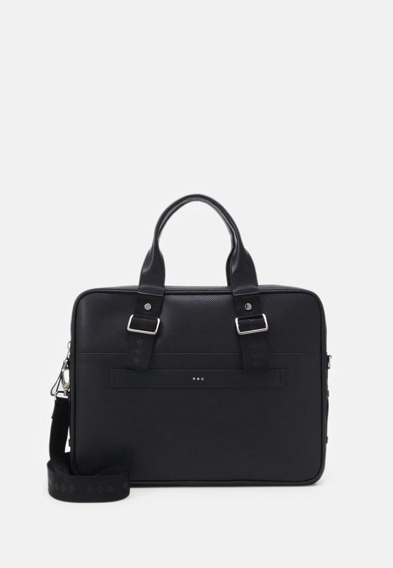 Royal RepubliQ - DIVER DAY BAG - Laptop bag - black