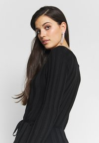YAS - YASCHELSEA 3/4 ANKLE DRESS  - Maxi šaty - black - 3